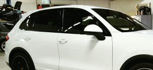 window tinting deluxcar